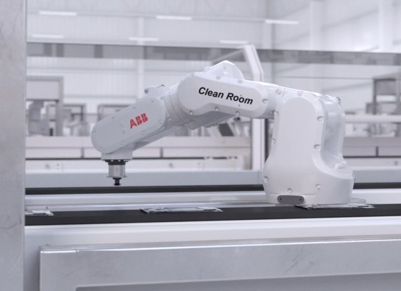 ABB definisce con il robot IRB 1100 nuovi standard nell'automazione delle camere bianche