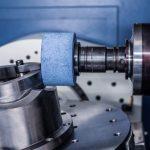 La gamma Clock EVO è in grado di eseguire fresature, torniture e rettifiche di precisione