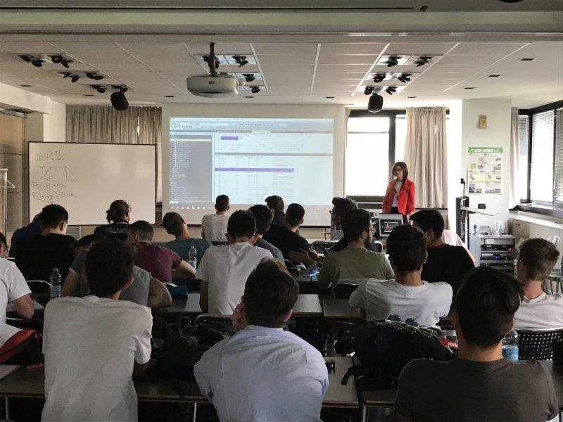 A lezione di automazione industriale nelle scuole superiori con Mitsubishi Electric