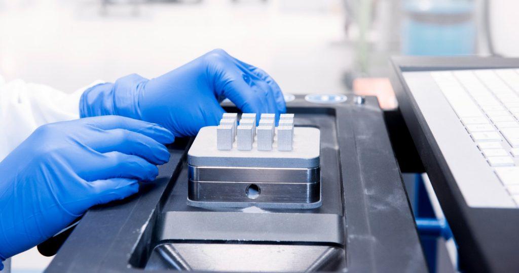 Sandvik Additive Manufacturing ottiene la certificazione ISO 13485:2016 per il medicale per lo stabilimento delle polveri di titanio