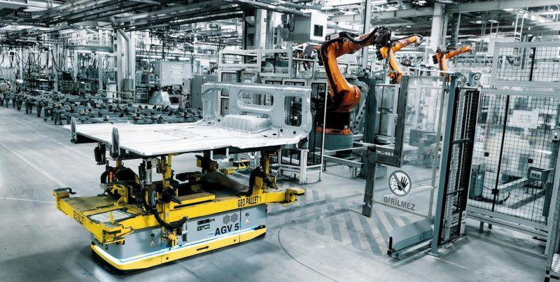 Daimler e Kuka, la collaborazione continua in un nuovo contratto quadro