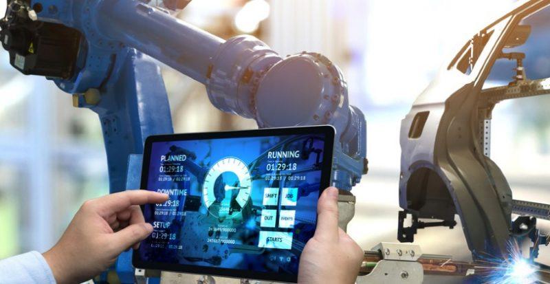 Inchiesta: robot e cobot per la lamiera
