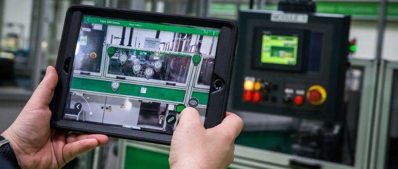 Schneider Electric, due Smart Factory prese a modello per l'Industria 4.0